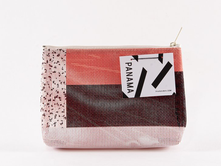 <img class='new_mark_img1' src='https://img.shop-pro.jp/img/new/icons1.gif' style='border:none;display:inline;margin:0px;padding:0px;width:auto;' />PANAMA Pouch(S)12