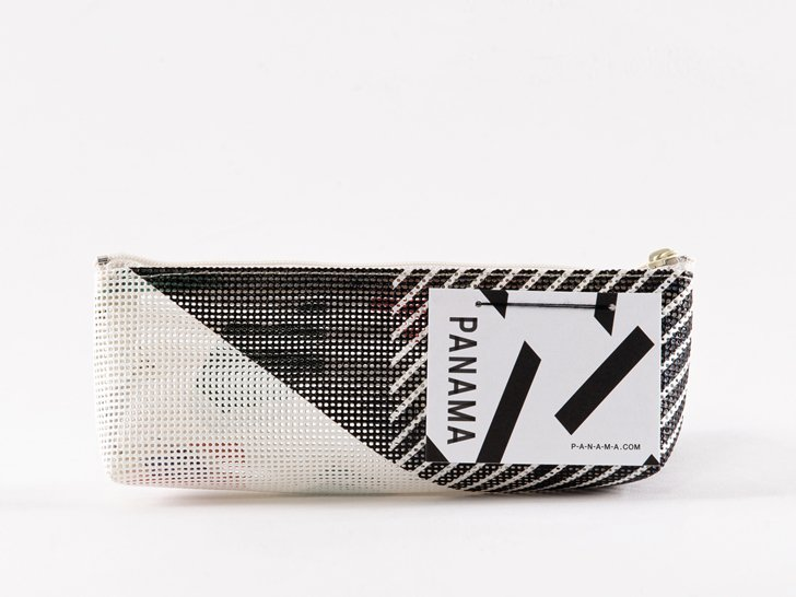 <img class='new_mark_img1' src='https://img.shop-pro.jp/img/new/icons1.gif' style='border:none;display:inline;margin:0px;padding:0px;width:auto;' />PANAMA Pouch(SS)02re