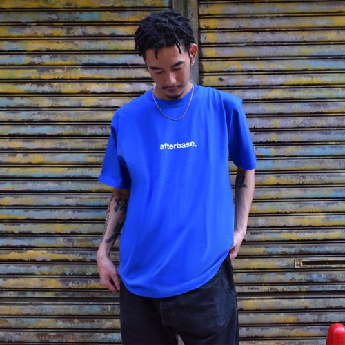 <img class='new_mark_img1' src='//img.shop-pro.jp/img/new/icons20.gif' style='border:none;display:inline;margin:0px;padding:0px;width:auto;' />afterbase [LOGO] T-SHIRT