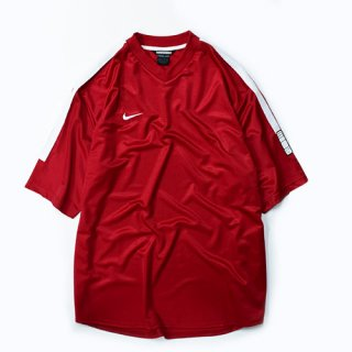<img class='new_mark_img1' src='//img.shop-pro.jp/img/new/icons20.gif' style='border:none;display:inline;margin:0px;padding:0px;width:auto;' />[USED] NIKE SOCCER-SH(RED)