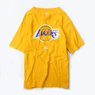 <img class='new_mark_img1' src='//img.shop-pro.jp/img/new/icons20.gif' style='border:none;display:inline;margin:0px;padding:0px;width:auto;' />[USED] adidas LAKERS T-SHIRT