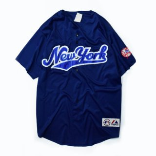 <img class='new_mark_img1' src='//img.shop-pro.jp/img/new/icons20.gif' style='border:none;display:inline;margin:0px;padding:0px;width:auto;' />[USED] New York BASE BALL-SHIRT