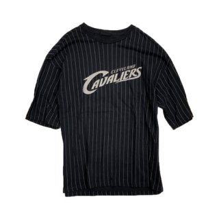 [USED] CAVALIERS T-SHIRT