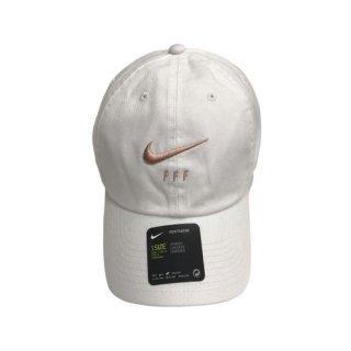 NIKE FFF CAP