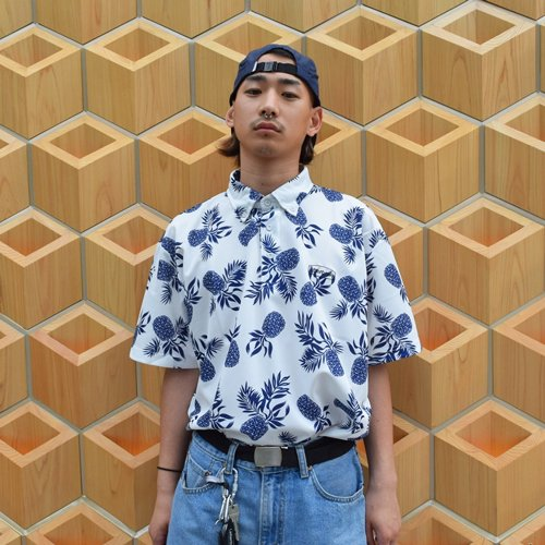 <img class='new_mark_img1' src='https://img.shop-pro.jp/img/new/icons5.gif' style='border:none;display:inline;margin:0px;padding:0px;width:auto;' />[RESORT] ポロシャツ POLO SHIRT
