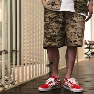 <img class='new_mark_img1' src='//img.shop-pro.jp/img/new/icons1.gif' style='border:none;display:inline;margin:0px;padding:0px;width:auto;' />【LEFLAH】digital camo bi-color short pants (BRW)