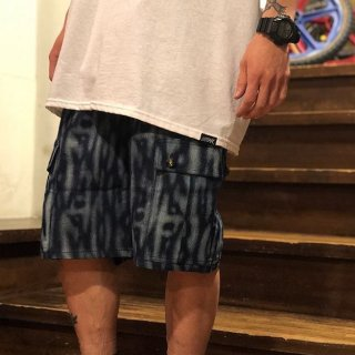 <img class='new_mark_img1' src='//img.shop-pro.jp/img/new/icons1.gif' style='border:none;display:inline;margin:0px;padding:0px;width:auto;' />【LEFLAH】tiger pattern denim cargo short pants(BLU)