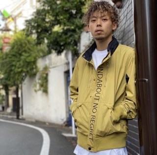 <img class='new_mark_img1' src='https://img.shop-pro.jp/img/new/icons1.gif' style='border:none;display:inline;margin:0px;padding:0px;width:auto;' />【LEFLAH】nylon stand jacket(BEG)