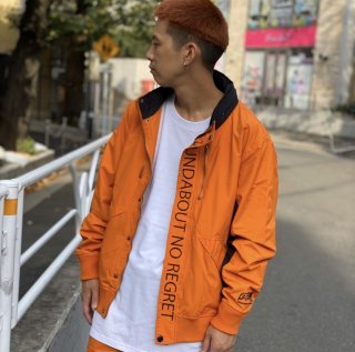 <img class='new_mark_img1' src='https://img.shop-pro.jp/img/new/icons1.gif' style='border:none;display:inline;margin:0px;padding:0px;width:auto;' />【LEFLAH】nylon stand jacket(ORG)