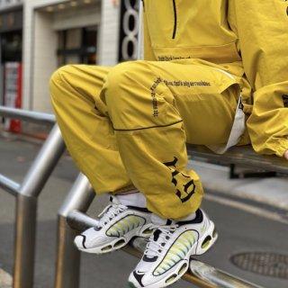 <img class='new_mark_img1' src='https://img.shop-pro.jp/img/new/icons1.gif' style='border:none;display:inline;margin:0px;padding:0px;width:auto;' />【LEFLAH】stretch nylon jogger pants(YEL)