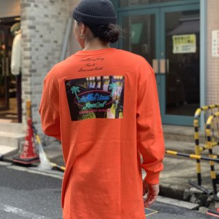 <img class='new_mark_img1' src='https://img.shop-pro.jp/img/new/icons1.gif' style='border:none;display:inline;margin:0px;padding:0px;width:auto;' />【LEFLAH】neon long tee(ORG)