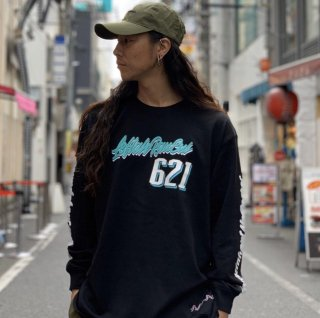 <img class='new_mark_img1' src='https://img.shop-pro.jp/img/new/icons1.gif' style='border:none;display:inline;margin:0px;padding:0px;width:auto;' />【LEFLAH】621script logo long tee(BLK)