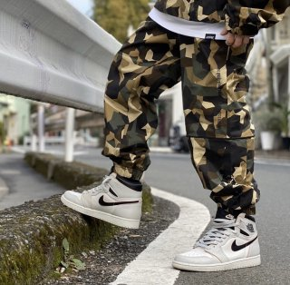 【LEFLAH】camo stretch jogger pants(BEG)