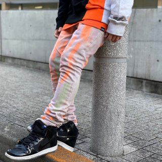 <img class='new_mark_img1' src='https://img.shop-pro.jp/img/new/icons1.gif' style='border:none;display:inline;margin:0px;padding:0px;width:auto;' />【LEFLAH】hard bleach skinny denim(BLK)