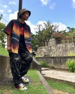 <img class='new_mark_img1' src='https://img.shop-pro.jp/img/new/icons1.gif' style='border:none;display:inline;margin:0px;padding:0px;width:auto;' />【LEFLAH】fire car pattern aloha shirt(BLK)
