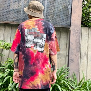 <img class='new_mark_img1' src='https://img.shop-pro.jp/img/new/icons1.gif' style='border:none;display:inline;margin:0px;padding:0px;width:auto;' />【LEFLAH】fire car tie dye tee(RED)