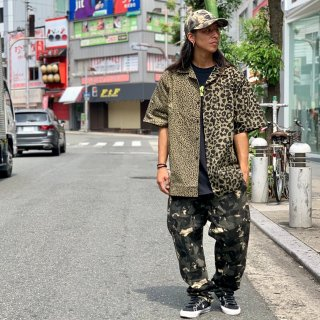 <img class='new_mark_img1' src='https://img.shop-pro.jp/img/new/icons1.gif' style='border:none;display:inline;margin:0px;padding:0px;width:auto;' />【LEFLAH】leopard pattern open collar shirt(GRN)