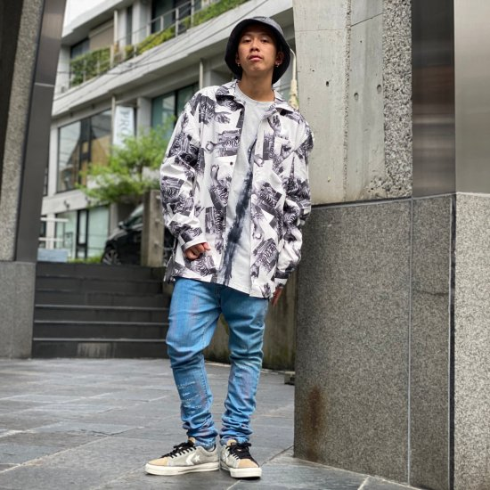 <img class='new_mark_img1' src='https://img.shop-pro.jp/img/new/icons1.gif' style='border:none;display:inline;margin:0px;padding:0px;width:auto;' />【LEFLAH】hand pattern open collar light jacket(WHT)