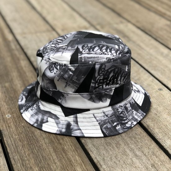<img class='new_mark_img1' src='https://img.shop-pro.jp/img/new/icons1.gif' style='border:none;display:inline;margin:0px;padding:0px;width:auto;' />【LEFLAH】hand pattern bucket hat(BLK)