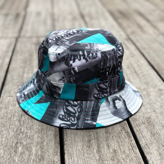 <img class='new_mark_img1' src='https://img.shop-pro.jp/img/new/icons1.gif' style='border:none;display:inline;margin:0px;padding:0px;width:auto;' />【LEFLAH】hand pattern bucket hat(EMD)