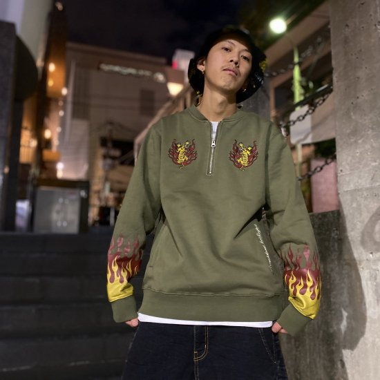 <img class='new_mark_img1' src='https://img.shop-pro.jp/img/new/icons1.gif' style='border:none;display:inline;margin:0px;padding:0px;width:auto;' />【LEFLAH】tiger half zip sweat (KAH)