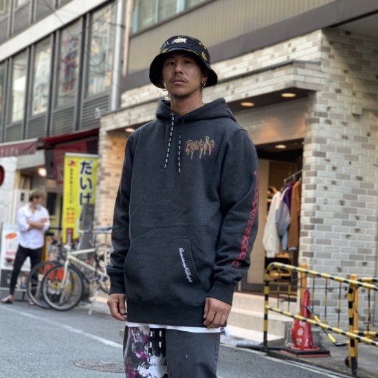 <img class='new_mark_img1' src='https://img.shop-pro.jp/img/new/icons1.gif' style='border:none;display:inline;margin:0px;padding:0px;width:auto;' />【LEFLAH】revolt logo parka(BLK)