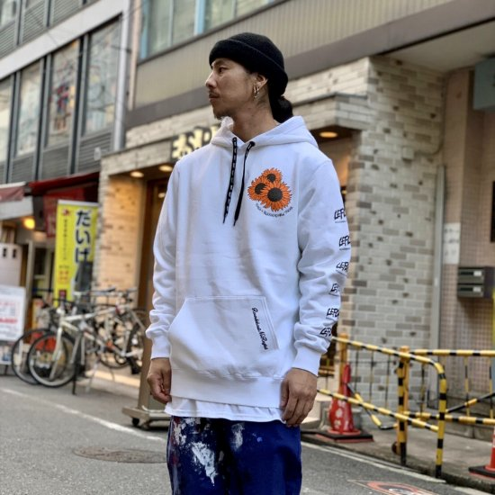 <img class='new_mark_img1' src='https://img.shop-pro.jp/img/new/icons1.gif' style='border:none;display:inline;margin:0px;padding:0px;width:auto;' />【LEFLAH】mum pigment dyed parka(WHT)