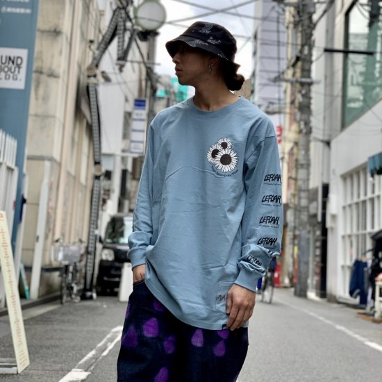 <img class='new_mark_img1' src='https://img.shop-pro.jp/img/new/icons1.gif' style='border:none;display:inline;margin:0px;padding:0px;width:auto;' />【LEFLAH】mum long sleeve tee(BLU)