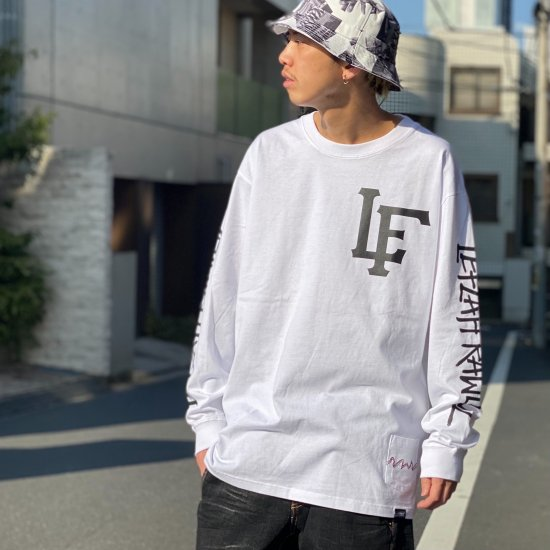<img class='new_mark_img1' src='https://img.shop-pro.jp/img/new/icons1.gif' style='border:none;display:inline;margin:0px;padding:0px;width:auto;' />【LEFLAH】team logo long tee(WHT)