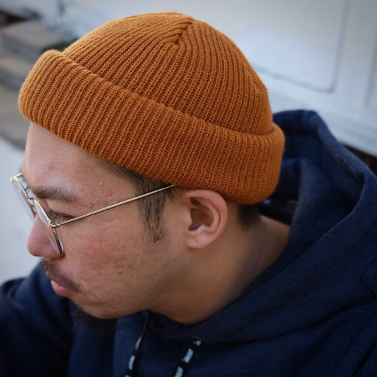 <img class='new_mark_img1' src='https://img.shop-pro.jp/img/new/icons1.gif' style='border:none;display:inline;margin:0px;padding:0px;width:auto;' />【LEFLAH】color knit cap(ORG)