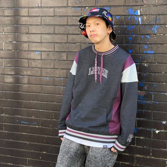 <img class='new_mark_img1' src='https://img.shop-pro.jp/img/new/icons1.gif' style='border:none;display:inline;margin:0px;padding:0px;width:auto;' />【LEFLAH】drawcord crew neck sweat(BLK)