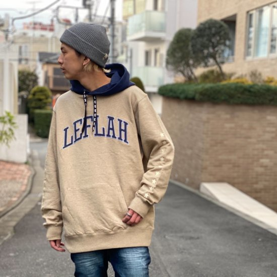 <img class='new_mark_img1' src='https://img.shop-pro.jp/img/new/icons1.gif' style='border:none;display:inline;margin:0px;padding:0px;width:auto;' />【LEFLAH】bi-color arch logo parka(BEG)