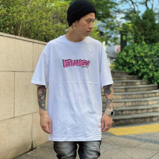 <img class='new_mark_img1' src='https://img.shop-pro.jp/img/new/icons1.gif' style='border:none;display:inline;margin:0px;padding:0px;width:auto;' />【LEFLAH】distortion logo tee(WHT)