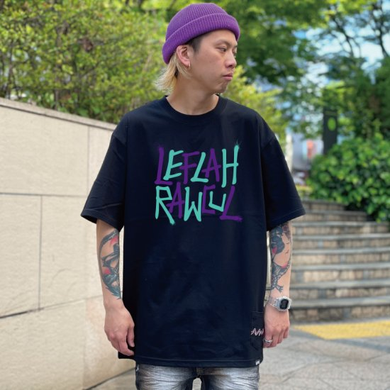 <img class='new_mark_img1' src='https://img.shop-pro.jp/img/new/icons1.gif' style='border:none;display:inline;margin:0px;padding:0px;width:auto;' />【LEFLAH】G-spray logo tee(BLK)