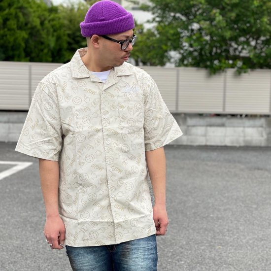 <img class='new_mark_img1' src='https://img.shop-pro.jp/img/new/icons1.gif' style='border:none;display:inline;margin:0px;padding:0px;width:auto;' />【LEFLAH】hand sign pattern open collar shirt (BEG)