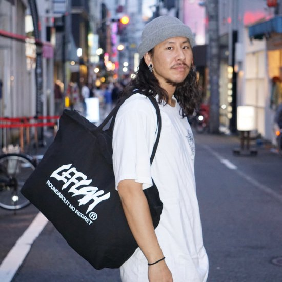 <img class='new_mark_img1' src='https://img.shop-pro.jp/img/new/icons2.gif' style='border:none;display:inline;margin:0px;padding:0px;width:auto;' />【LEFLAH】main logo canvas zip tote bag (BLK)
