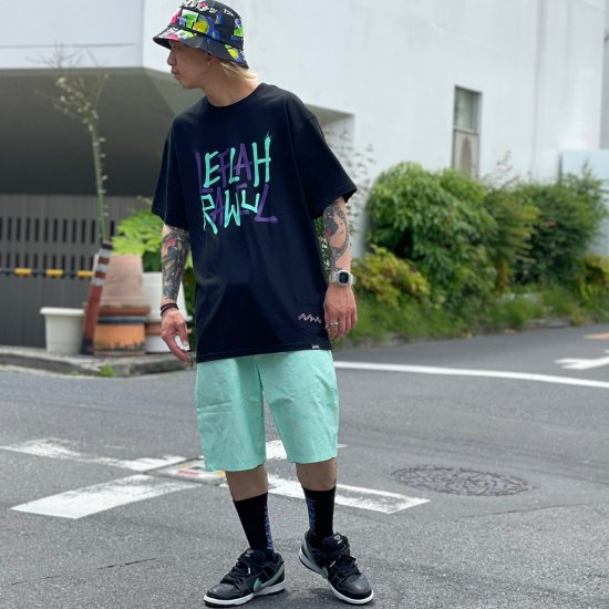 <img class='new_mark_img1' src='https://img.shop-pro.jp/img/new/icons1.gif' style='border:none;display:inline;margin:0px;padding:0px;width:auto;' />【LEFLAH】hand sign short pants(GRN)