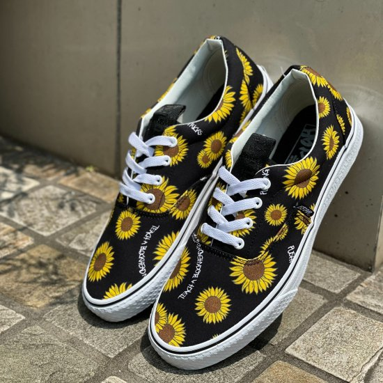 <img class='new_mark_img1' src='https://img.shop-pro.jp/img/new/icons1.gif' style='border:none;display:inline;margin:0px;padding:0px;width:auto;' />【LEFLAH】mum sneaker (BLK)