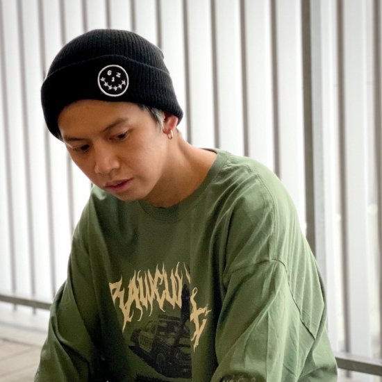 <img class='new_mark_img1' src='https://img.shop-pro.jp/img/new/icons1.gif' style='border:none;display:inline;margin:0px;padding:0px;width:auto;' />【LEFLAH】smirking knit cap(BLK×WHT)