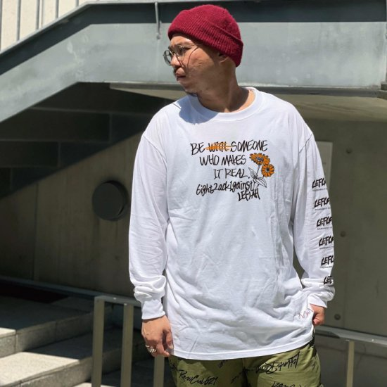 <img class='new_mark_img1' src='https://img.shop-pro.jp/img/new/icons1.gif' style='border:none;display:inline;margin:0px;padding:0px;width:auto;' />【LEFLAH】 ZINNIA long tee (WHT)