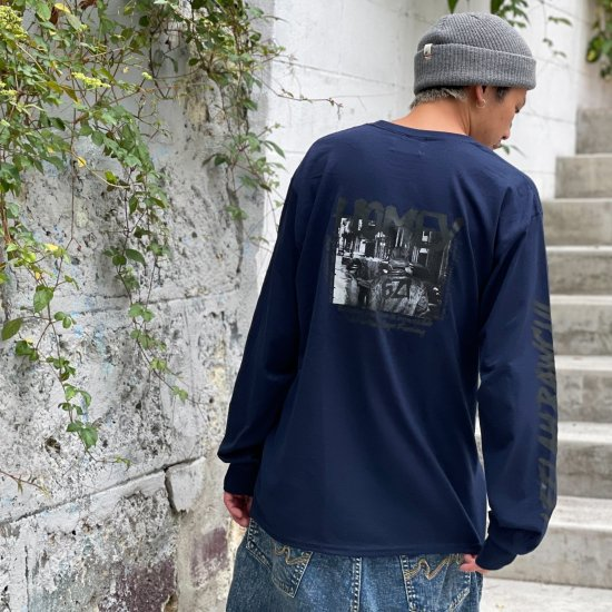 <img class='new_mark_img1' src='https://img.shop-pro.jp/img/new/icons1.gif' style='border:none;display:inline;margin:0px;padding:0px;width:auto;' />【LEFLAH】 HOMEY pocket long tee (NVY)