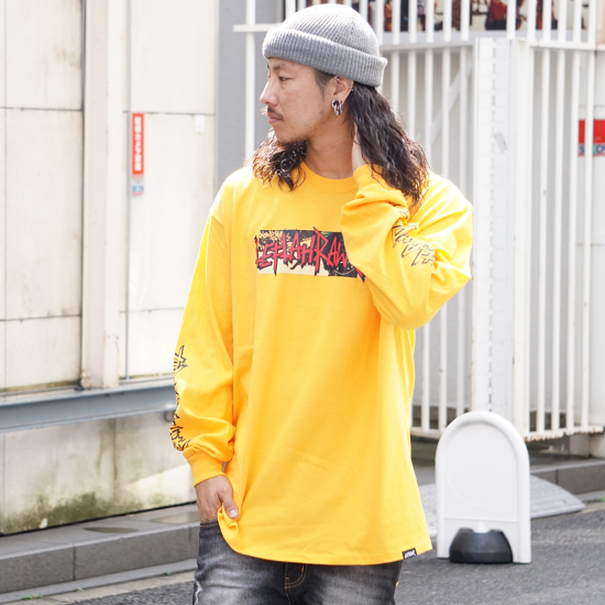 <img class='new_mark_img1' src='https://img.shop-pro.jp/img/new/icons1.gif' style='border:none;display:inline;margin:0px;padding:0px;width:auto;' />【LEFLAH】police logo long tee(YEL)