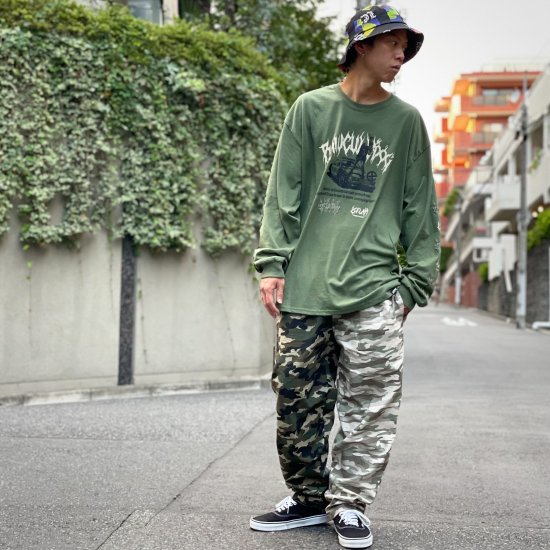 <img class='new_mark_img1' src='https://img.shop-pro.jp/img/new/icons2.gif' style='border:none;display:inline;margin:0px;padding:0px;width:auto;' />【LEFLAH】bi-color camouflage easy pants(BEG×KHA)